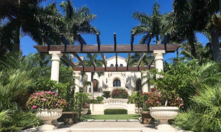 Naples, Florida, Has The Glam And Sophistication Of Beverly Hills